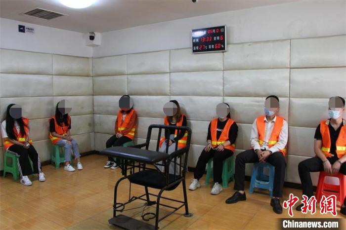 犯罪嫌疑人落网。隆昌市警方供图 隆昌市警方供图 摄